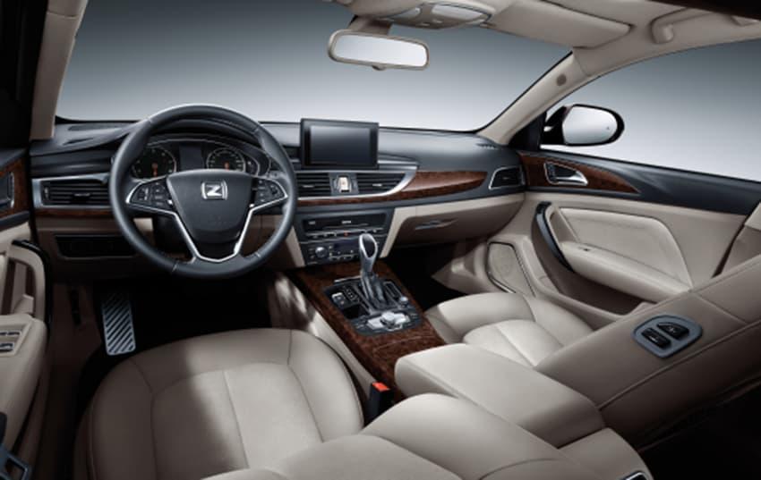 Nội thất của Zotye Z700 cũng giống hệt Audi A6 ở nhiều chi tiết