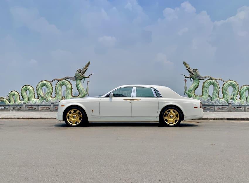 rolls royce phantom ewb 1